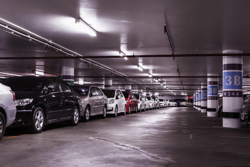 Comment trouver un bon parking proche de l'aéroport de Zaventem ?